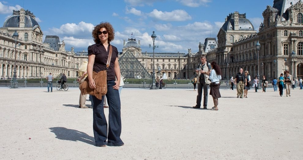 5510ad6318f6 How To Dress In Paris  • French Today