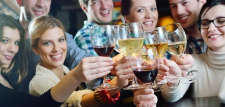 french etiquette for drinking wine