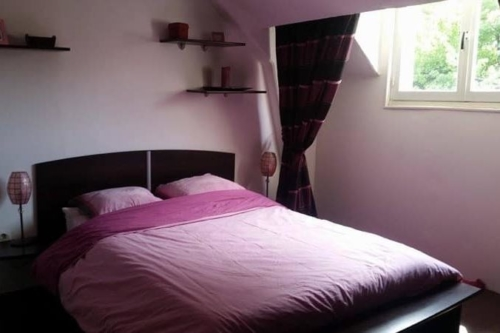 Immersion Homestay in France bedroom