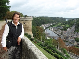 learn french immersion homestay france brittany