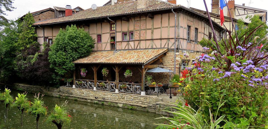 Sorties dans la région proche ou pas...à votre choix Learn-french-immersion-beaujolais-2-1080x520
