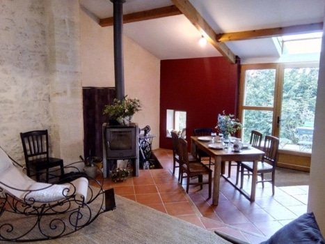 learn french immersion france bordeaux living room