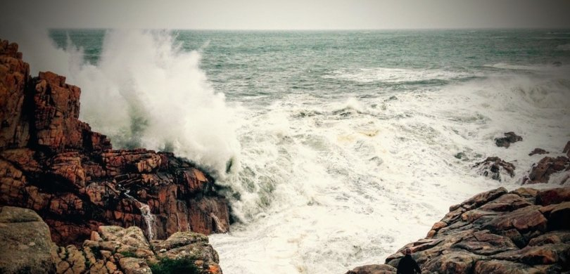 waves le gouffre brittany frenchtoday