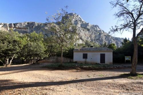 Cézanne house sainte victoire