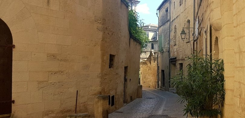 uzès learn french