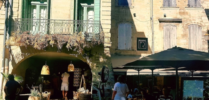 uzes french english bilingual story