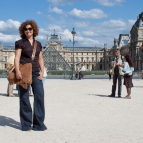 How To Dress In Paris?
