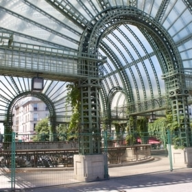 Easy French Practice: Paris Les Halles (with Audio)