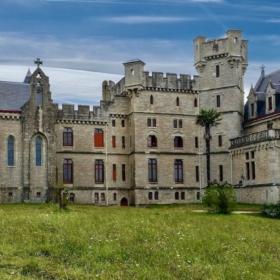 Abbadia Castle – French Story + Translation