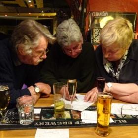 Fun French English Bilingual Activity – Quiz in a Pub!