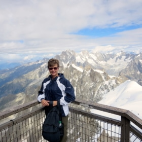 French Mountain Sports Vocabulary + L'Aiguille du Midi – Bilingual Story