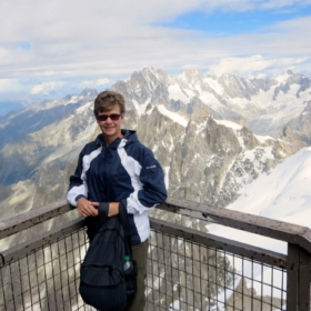 🏔 L'Aiguille du Midi – French Story + English Translation