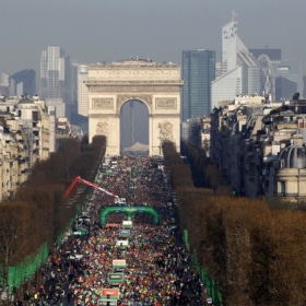 French Running and Jogging Vocabulary + Le Marathon de Paris – Easy Bilingual Story