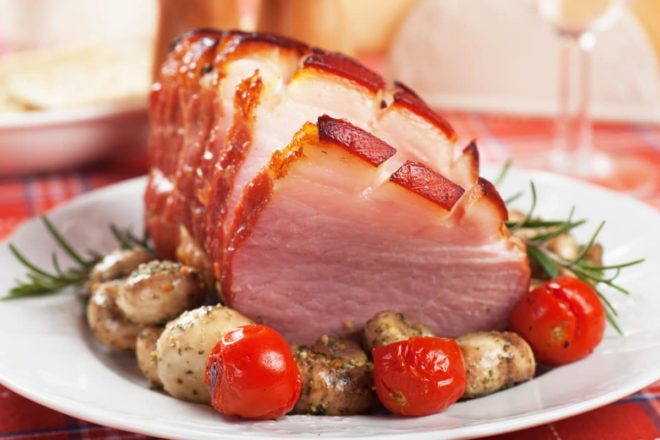 typical French Christmas meal dishes in France