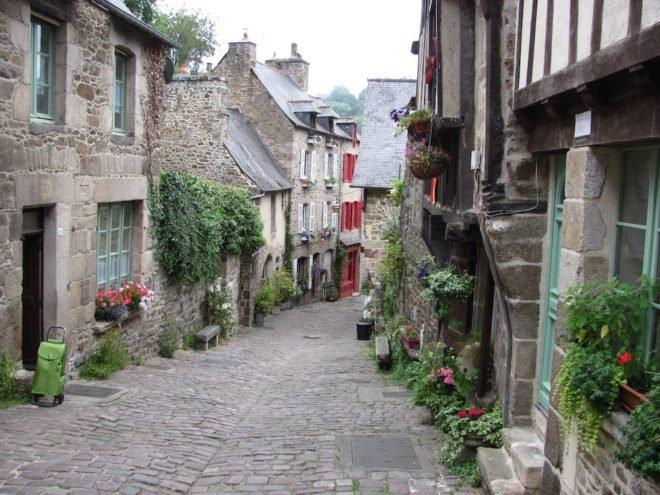 french immersion Bretagne Dinan