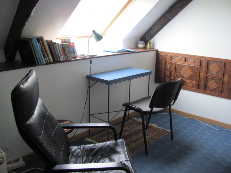 french immersion brittany france - student bedroom