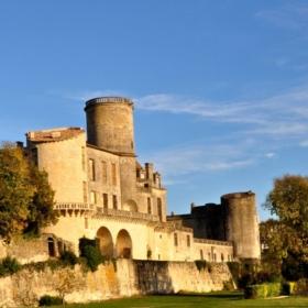 Duras Castle in Lot-et-Garonne + French Castle Vocabulary