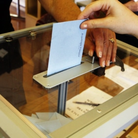 Election in France – Free Story