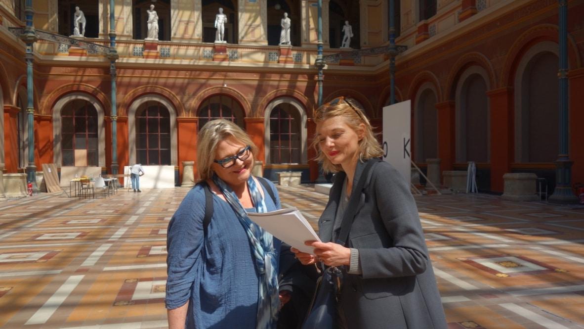 French conversation teacher and student in Paris' Saint-Germain-des-Près