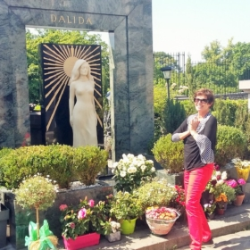Paris Montmartre Cemetery – French Story + Translation
