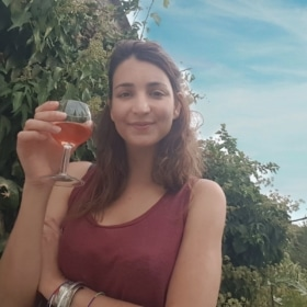 🍷 l'Apéro in Provence – French Story + Translation