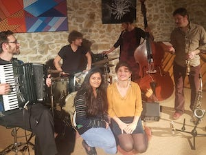 immersion student & teacher at concert in france
