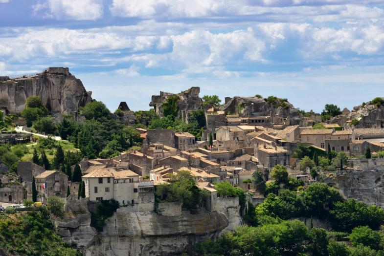 Les Baux - french immersion residential program teacher provence france