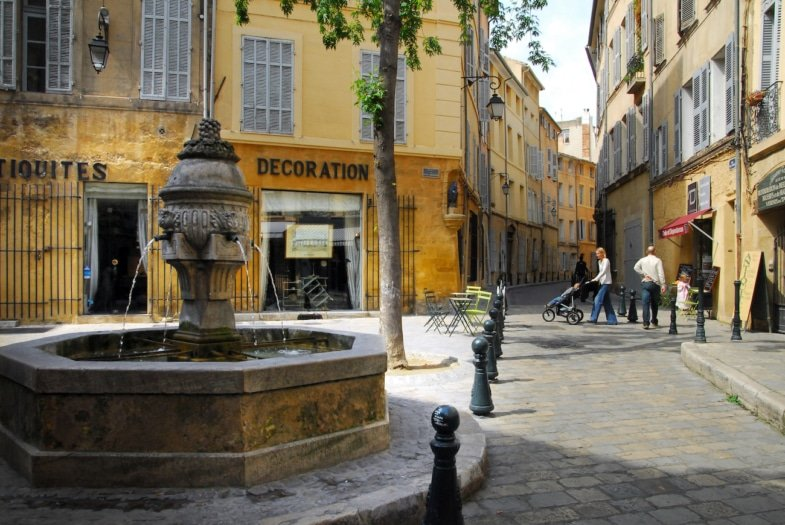 Aix en Provence - french immersion residential program teacher provence france