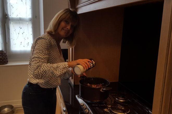 chantal cooking coq au vin