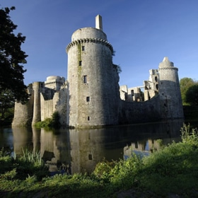 La Hunaudaye Castle in Brittany – French Story + Translation