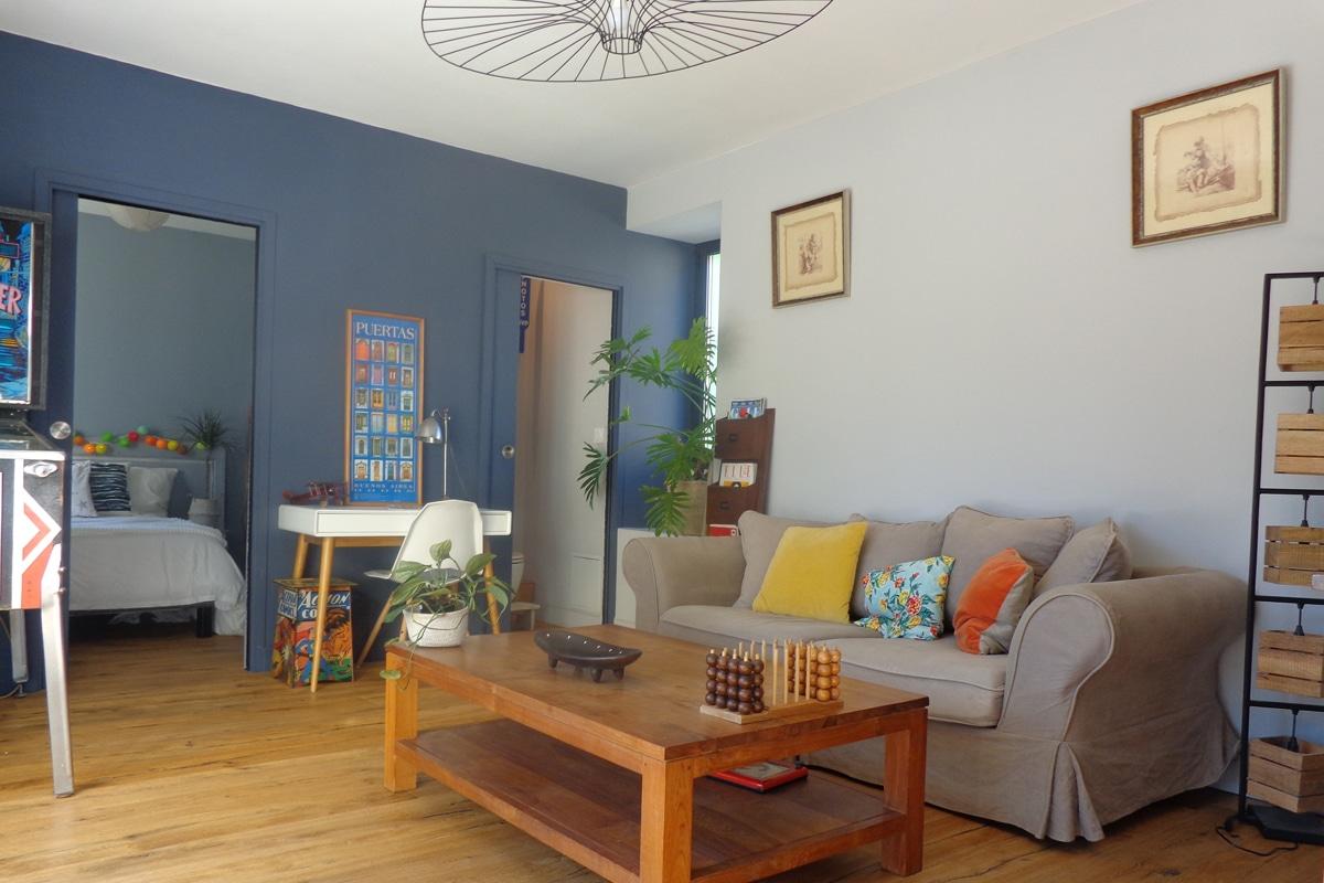 student's suite : living room, bedroom, bathroom